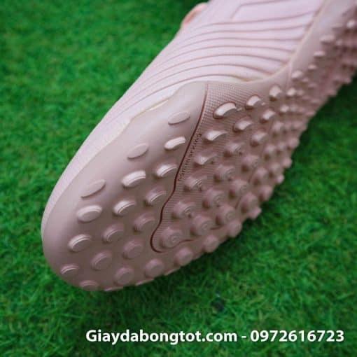 Giay bong da mau hong phan Adidas Predator 18.4 TF Xuan Truong (5)