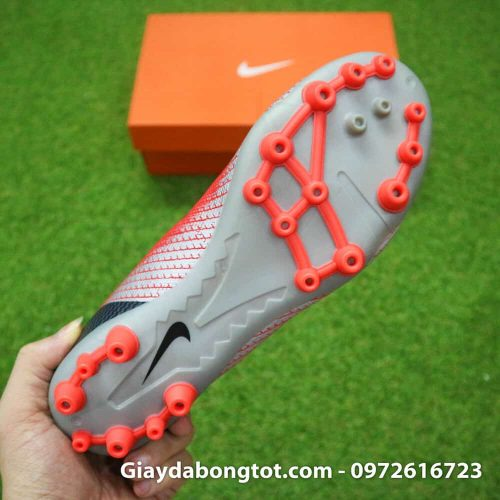Giay da banh Nike CR7 dinh AG mau do got den chapter 7 (1)