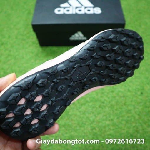 Giay da banh san co nhan tao Adidas Predator 18.3 Hong Phan co cao (1)