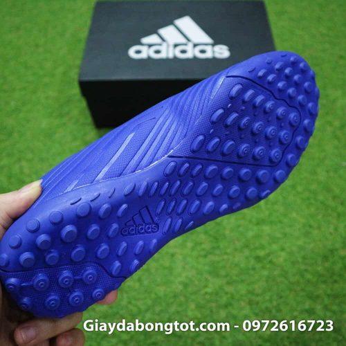 Giay da bong nhe Adidas Predator 18.4 TF Xanh Duong vach trang (1)