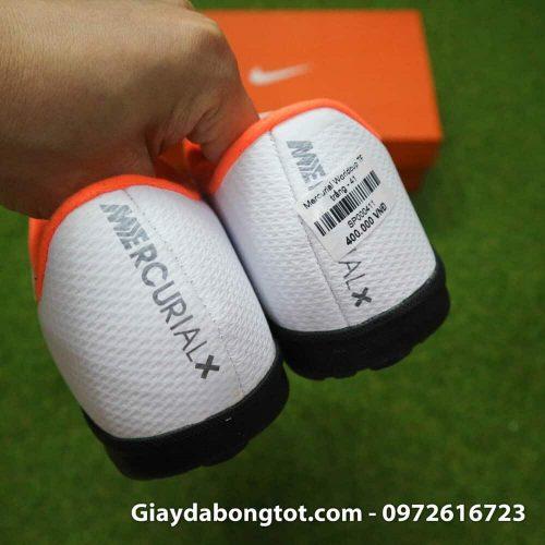 Giay da bong om chan Nike Mercurial WC TF mau trang san co nhan tao (1)