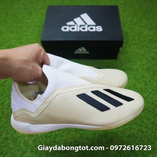 Giay da bong san co nhan tao khong day sieu nhe Adidas X18+ mau trang sua (10)