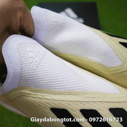 Giay da bong san co nhan tao khong day sieu nhe Adidas X18+ mau trang sua (11)