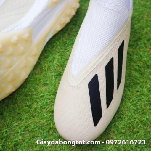Giay da bong san co nhan tao khong day sieu nhe Adidas X18+ mau trang sua (5)