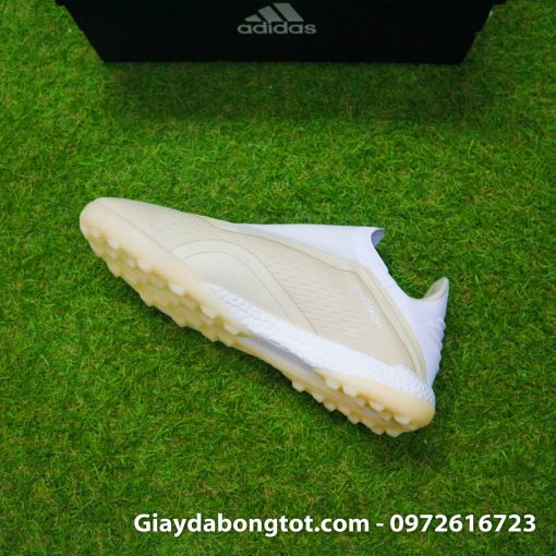Giay da bong san co nhan tao khong day sieu nhe Adidas X18+ mau trang sua (7)