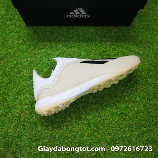 Giay da bong san co nhan tao khong day sieu nhe Adidas X18+ mau trang sua (8)