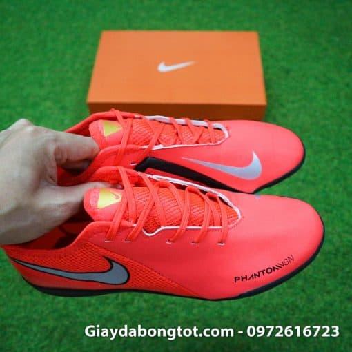 Giày bóng đá sân cỏ nhân tạo Nike Phantom VSN TF hỗ trợ di chuyển tốt trên sân nhân tạo