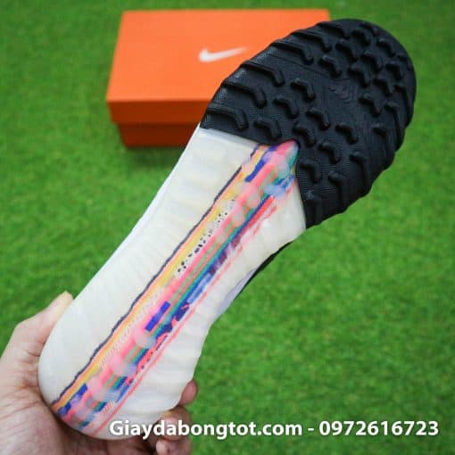 Giay da bong Nike Mercurial Superfly VI cao co CR7 Level Up mau trang 2019 (10)