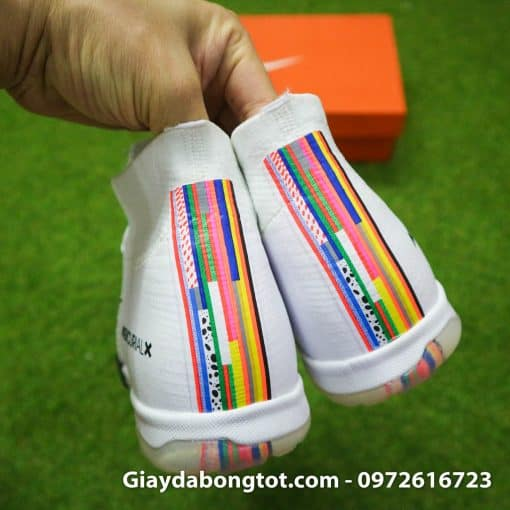 Giay da bong Nike Mercurial Superfly VI cao co CR7 Level Up mau trang 2019 (9)