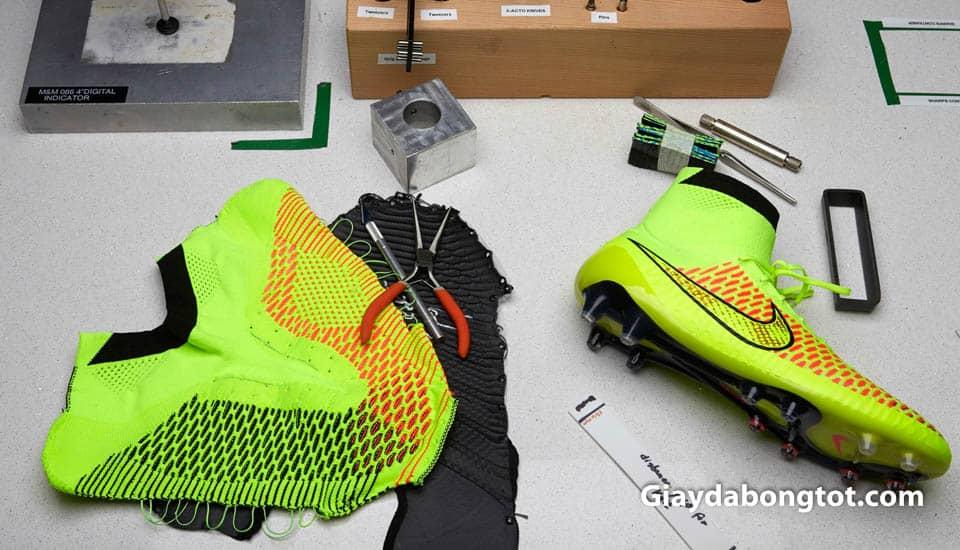 Giày đá bóng da vải đang là xu hướng sản xuất của các hãng giày trên toàn thế giới