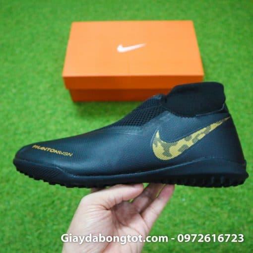 Giày đá bóng Nike cổ cao Phantom VSN Pro với thiết kế độc đáo khác biệt