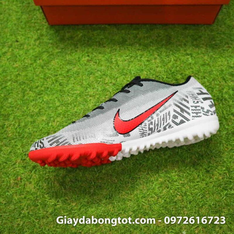 Giay da bong tre em Nike Mercurial Neymar mau den trang tuyet dep (7)