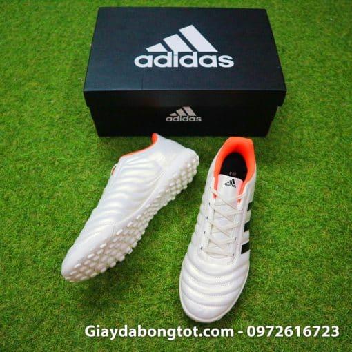 Giày đá banh sân cỏ nhân tạo Adidas Copa 19.4 có lớp da sần êm ái hỗ trợ kiểm soát bóng