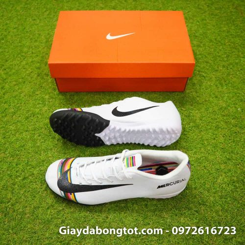 Giay san co nhan tao Nike Mercurial CR7 Level Up mau trang co thap (2)