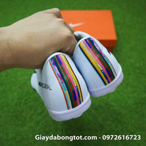 Giay san co nhan tao Nike Mercurial CR7 Level Up mau trang co thap (8)