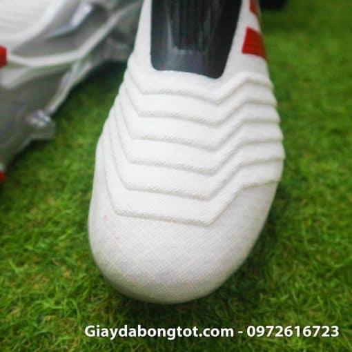 Giay da bong cua Pogba Adidas Predator 19+ FG trang khong day (5)