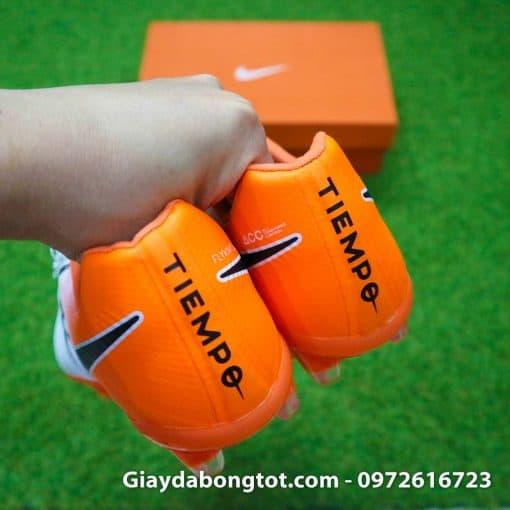 Giay da bong da mem Nike Tiempo Legend VII FG trang cam om chan (9)