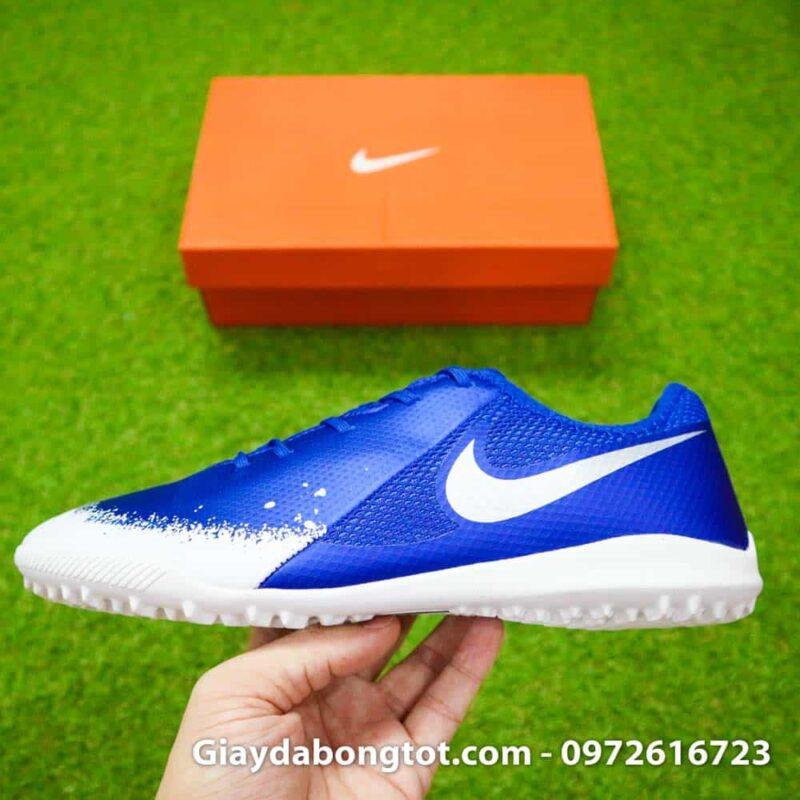 Giày Nike Phantom VSN TF xanh dương trắng có form giày thon gọn hỗ trợ sút bóng cực tốt
