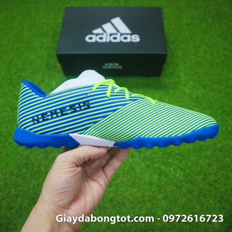 Giày đá banh sân cỏ nhân tạo Adidas Nemeziz 19.3 TF có da mềm êm thoải mái