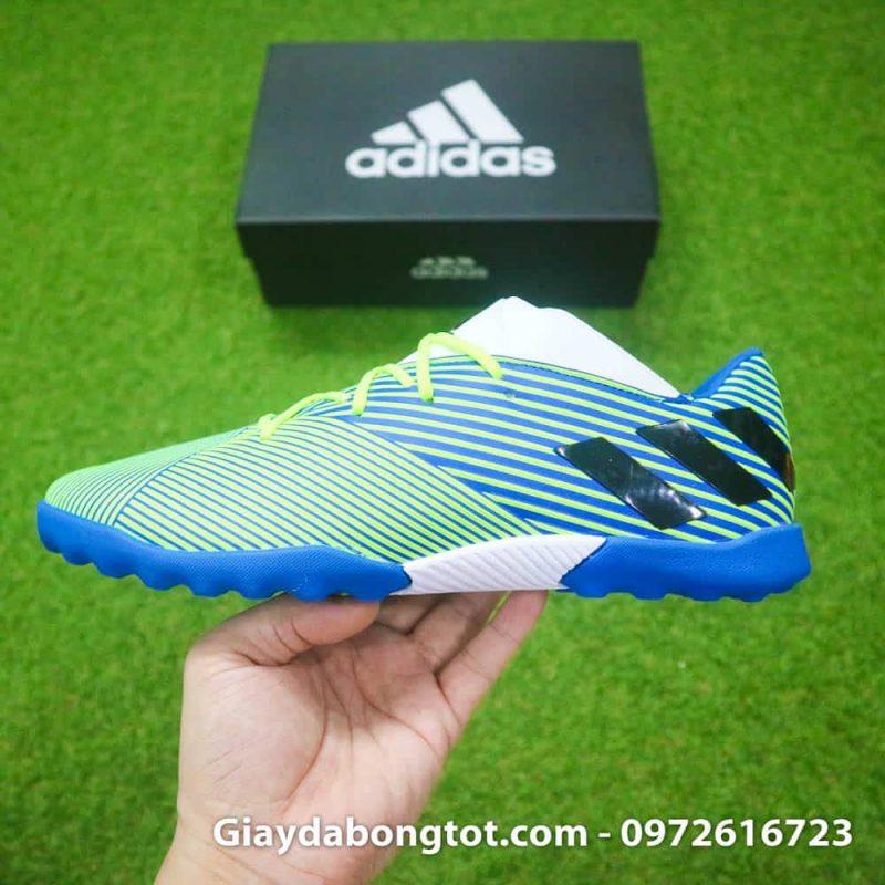 Giày đá banh Adidas Nemeziz 19.3 TF chuối sọc đen với form giày thon gọn đẹp mắt
