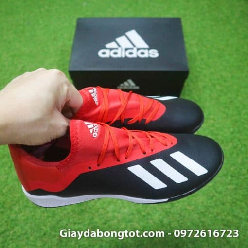 Giay da bong Adidas X18.3 TF den do san co nhan tao (4)