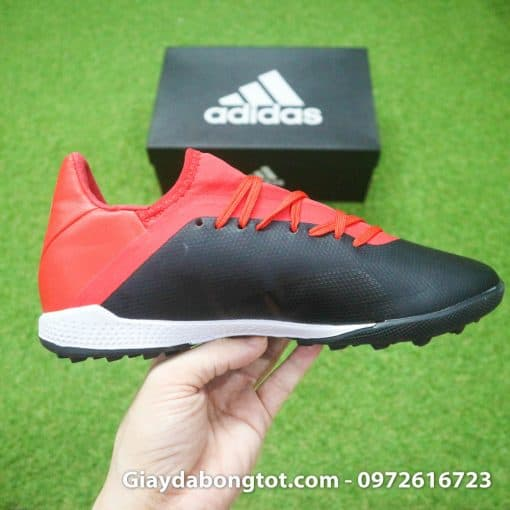 Giay da bong Adidas X18.3 TF den do san co nhan tao (7)