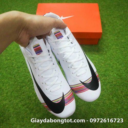 Giày đá bóng Nike Mercurial CR7 FG màu trắng Level Up có thiết kế thoải mái phù hợp cả chân bè