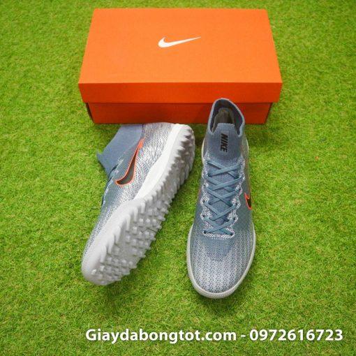 Giày đá bóng sân cỏ nhân tạo Nike Mercurial cao cổ với thiết kế cổ thun ôm chân