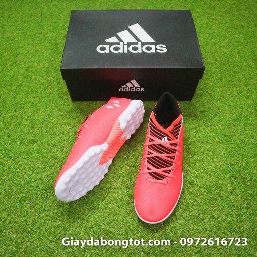 Giày đá bóng da mềm Adidas Nemeziz phù hợp cả với bàn chân bè ngang