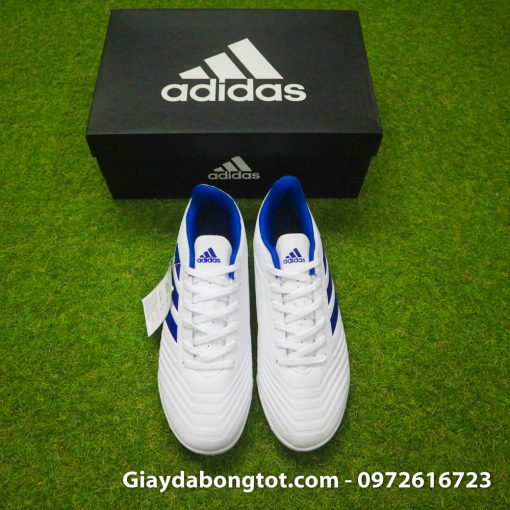 Giày đá bóng Adidas Predator 19.4 TF với thiết kế cổ điển đơn giản với các vân nổi trên thân giày