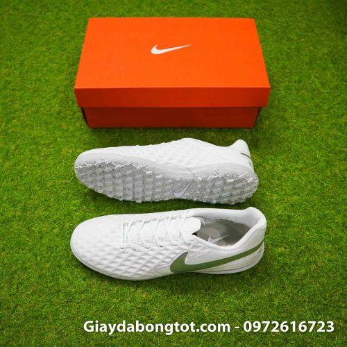 Giay bong da chan be Nike Tiempo 8 TF mau trang toan than (1)