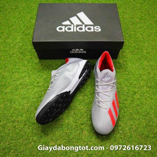 Giày Adidas X19.3 TF với form giày thoải mái cùng với da mềm êm chân nên phù hợp với cả bàn chân bè mập