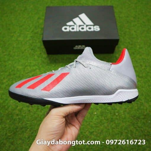 Giày đá bóng Adidas X19.3 TF với thiết kế da vải êm mềm mang lại sự thoải mái khi mang