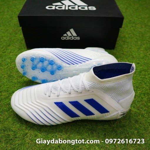 Dòng giày đá banh Adidas Predator với thiết kế da sần hỗ trợ kiểm soát bóng tốt