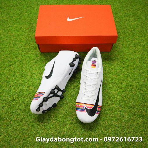 Giày đá banh Nike Mercurial CR7 đinh AG có độ cao vừa phải hỗ trợ chơi bóng trên sân cỏ nhân tạo