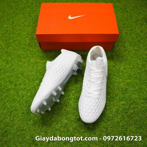Giày bóng đá Nike Tiempo Legend VIII với lớp da mỏng chất lượng có vân nổi 3D