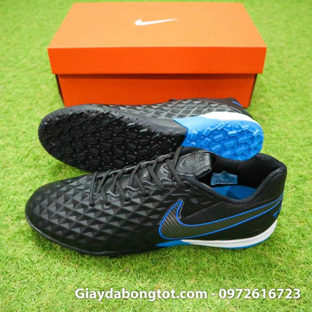 Sự khác biệt của giày Nike Tiempo Legend 8 Pro là lớp da cực kỳ mềm êm chất lượng