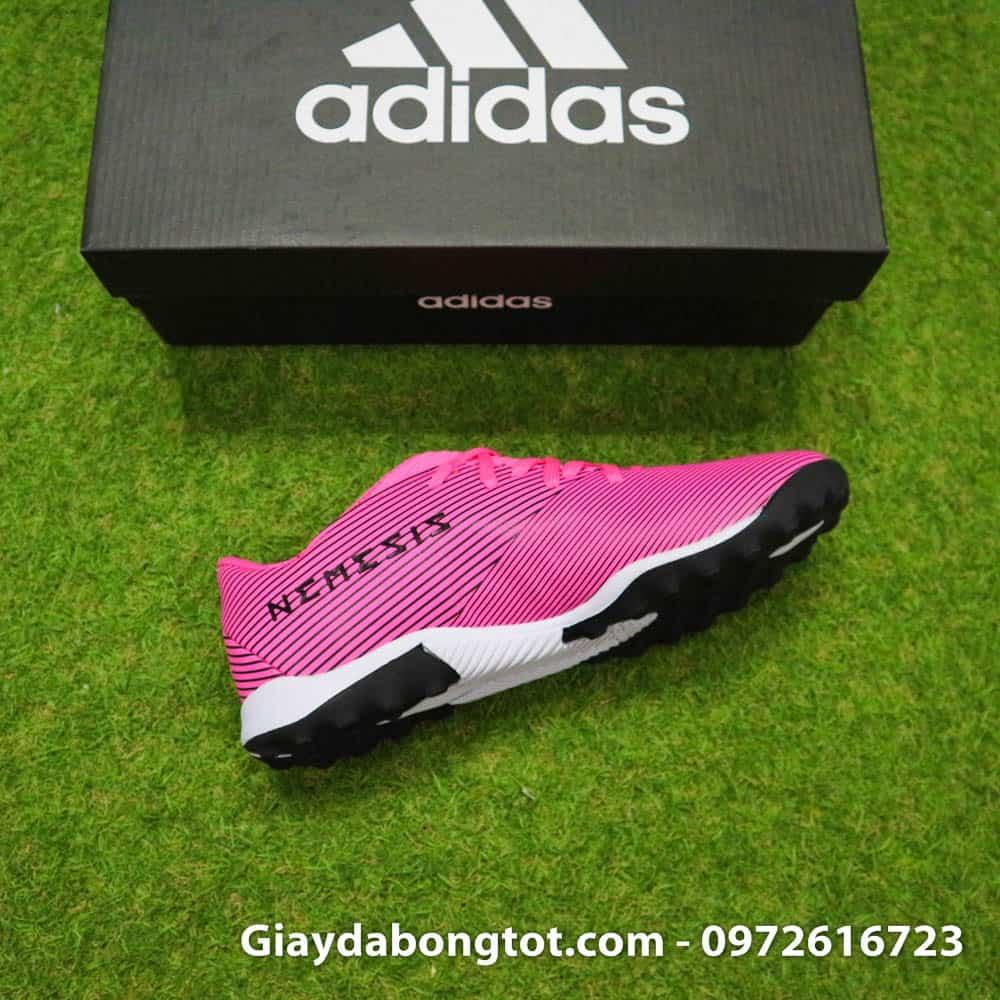 Giày đá bóng Adidas Nemeziz 19.3 TF với form giày khỏe mạnh và đế giày êm ái
