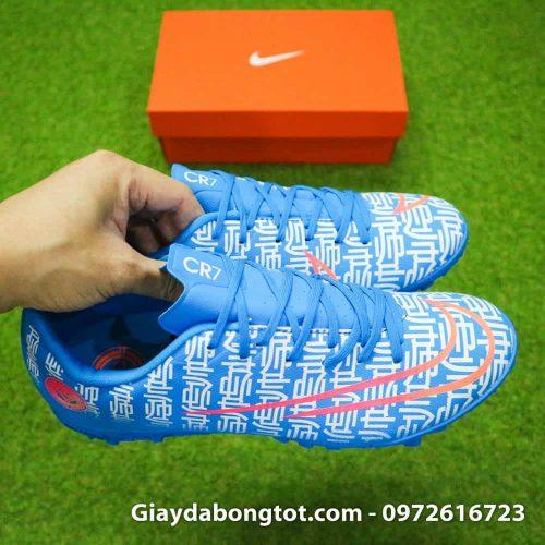 Giày đá banh Nike CR7 Shuai màu xanh dương có da giày êm mềm thoải mái