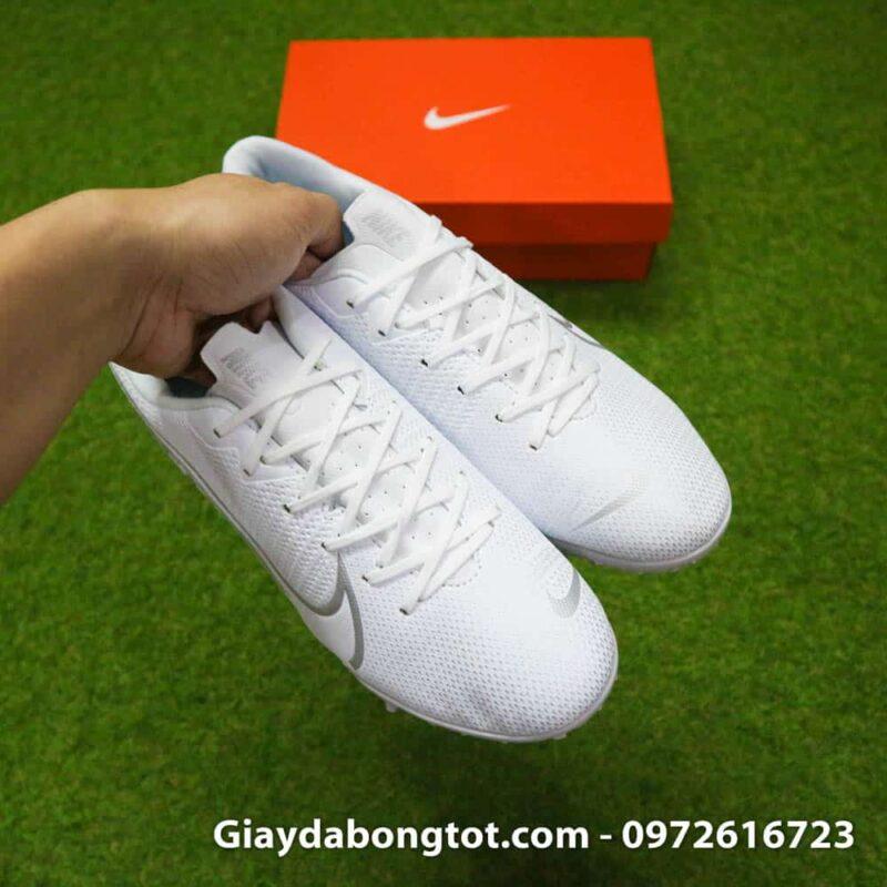 Giay da bong Nike Mercurial Vapor 13 TF mau trang white out 2019 sieu nhe (8)