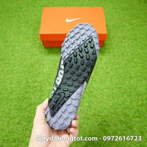 Giày sân cỏ nhân tạo Nike Mercurial Vapor TF màu đen với thiết kế đế đinh dăm hỗ trợ bám sân tốt