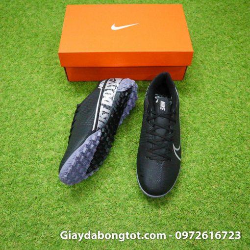 Giày sân cỏ nhân tạo Mercurial Vapor 13 TF màu đen với da mềm mỏng mang lại sự thoải mái và thật chân
