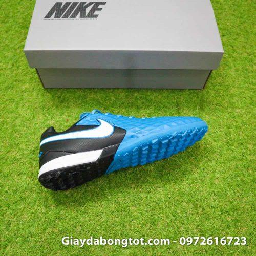 Giày Nike Tiempo X 8 Pro với thiết kế đế boost êm ái mang lại sự êm chân khi chơi trên sân cỏ nhân tạo