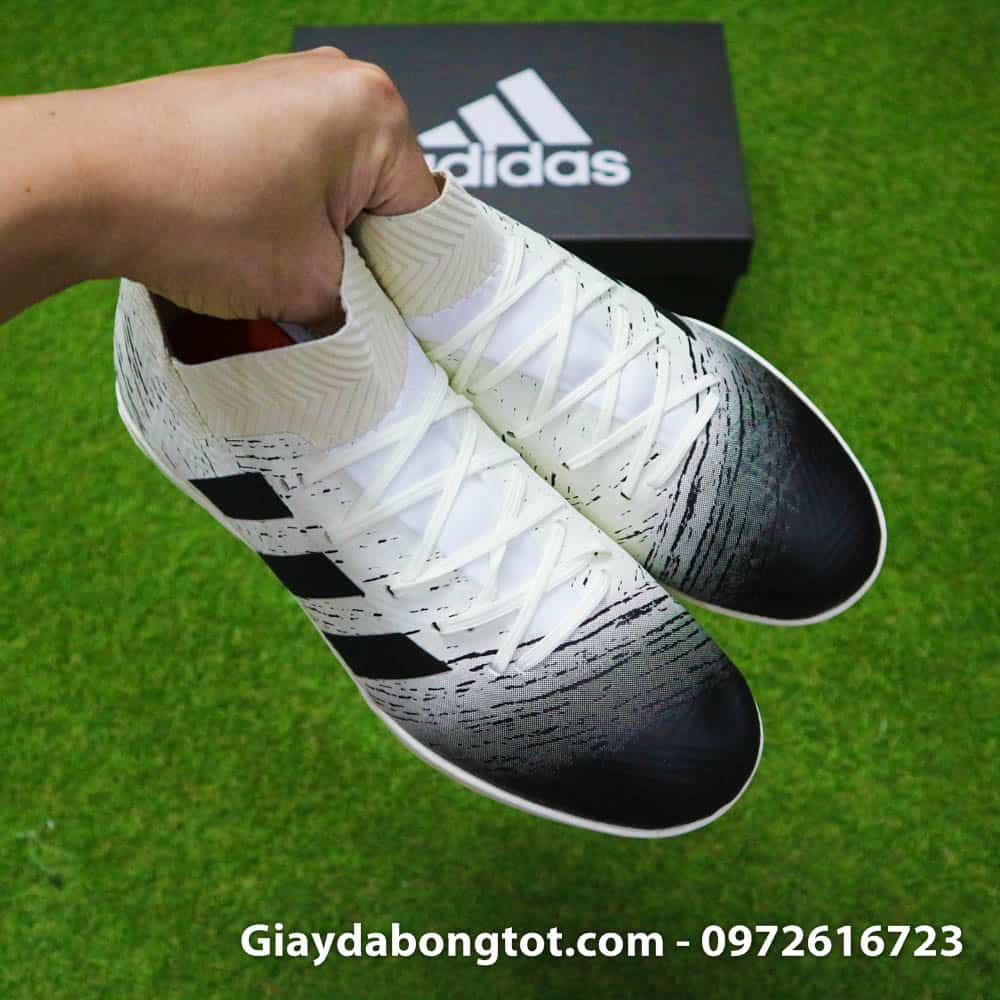 Thiết kế da vải thun co giãn khiến giày Adidas Nemeziz 18.3 TF cổ chéo rất ôm chân