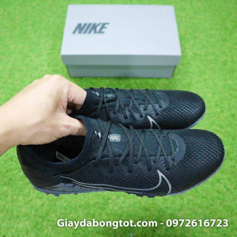 Đôi giày Mercurial Vapor 13 PRO TF màu đen rất êm mềm với lớp da vải mỏng