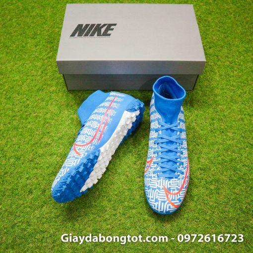 Giày Nike cao cổ Superfly 7 Academy TF được thiết kế theo phiên bản giày thi đấu của Ronaldo CR7