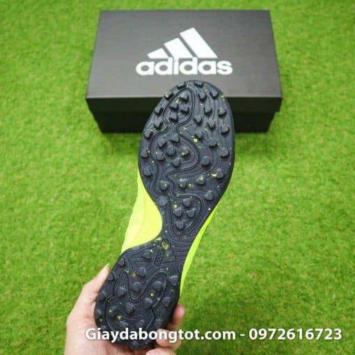 Thiết kế đinh dăm TF cực kỳ bám sân của giày sân cỏ nhân tạo Copa 19.1 TF