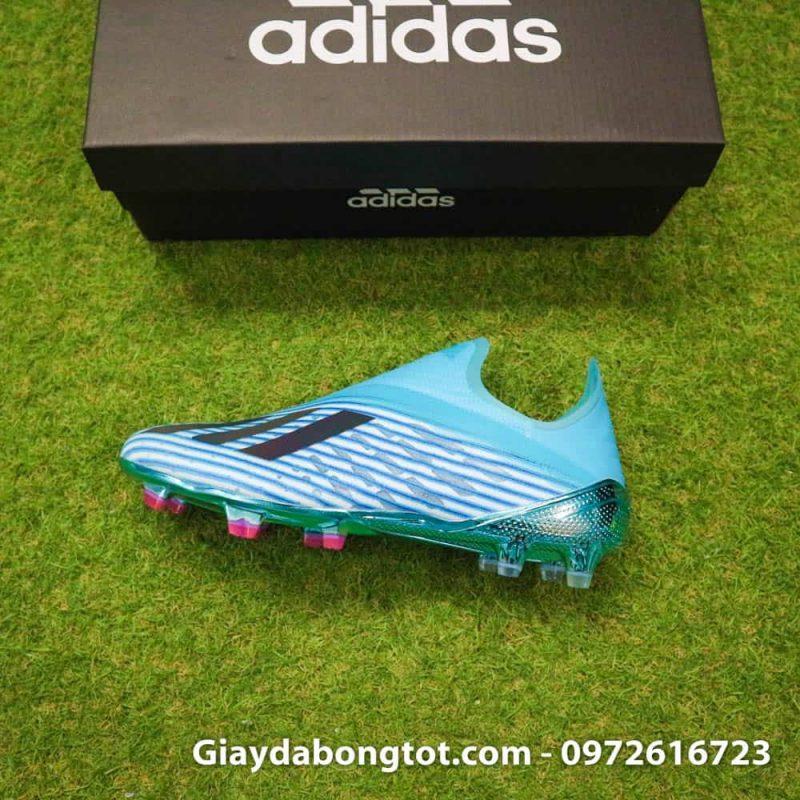 Phiên bản SF (Superfake) giống với giày thi đấu của hậu vệ chạy cánh Đoàn Văn Hậu của đội tuyển Việt Nam