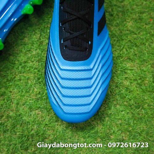 Giày Adidas Predator 19.1 AG màu xanh dương nổi bật với da có vân nổi rất rõ ràng