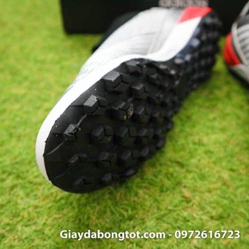 Giay bong da Adidas Predator tre em co cao mau bac vach den (5)